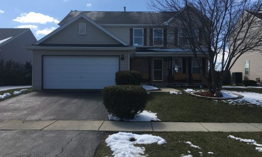 Beautiful Home! Approximately 2,218 Sq Ft. U2013 2426 Iroquois Ln Round Lake  Heights, IL 60073